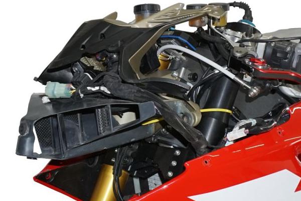 Lufteinlass Moko Racing Ducati redux